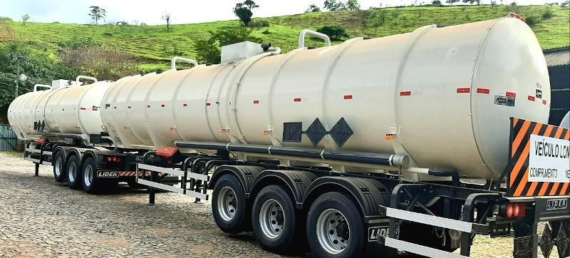 Bitrem tanque de combustivel