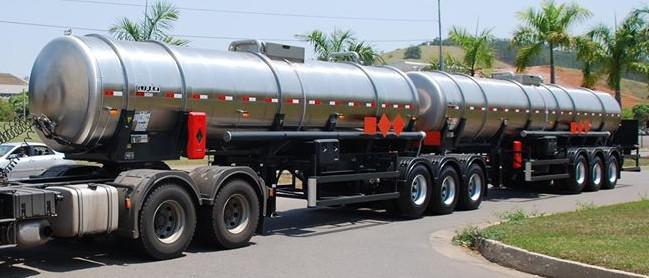 Carreta 9 eixos tanque
