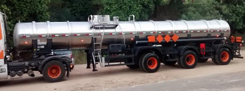 Carreta vanderleia tanque