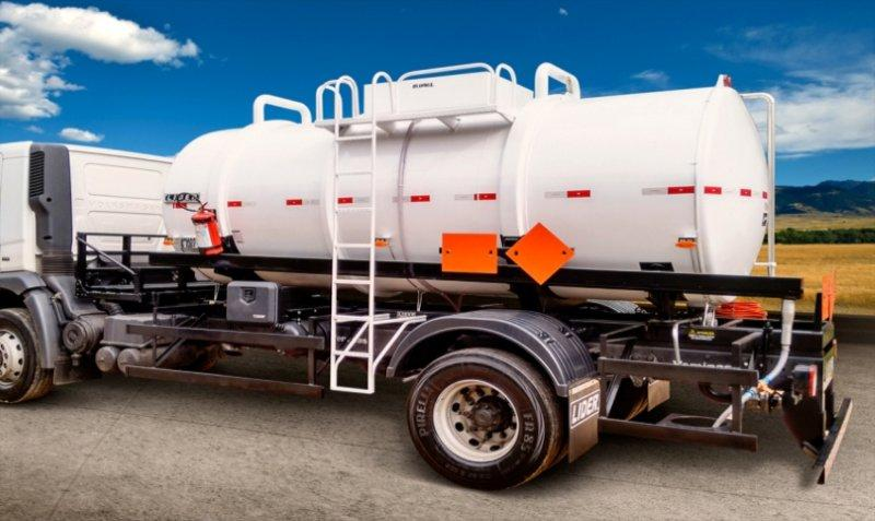 Tanque Sobre Chassi Químicos - Aço Carbono